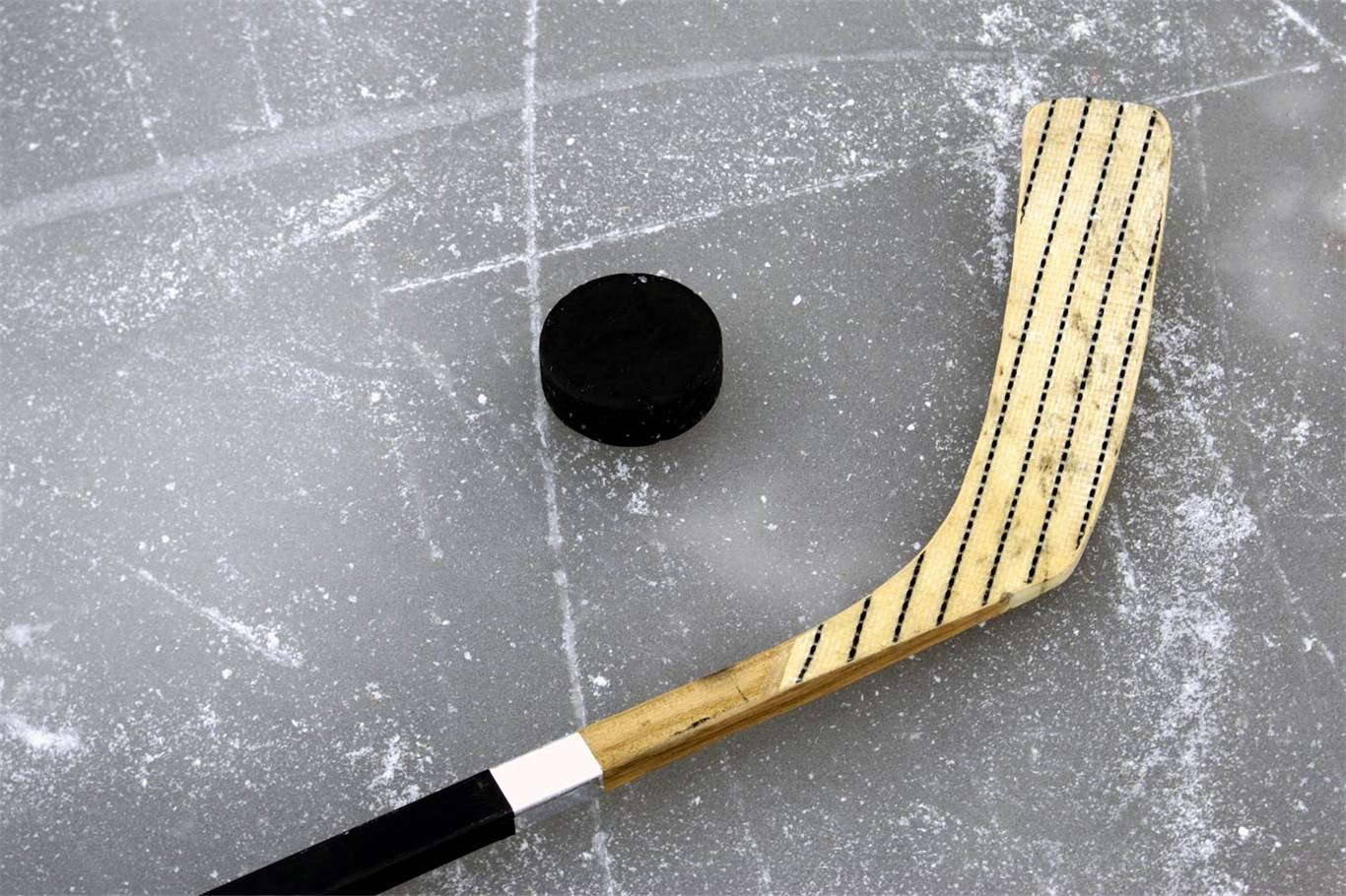 St. Mary, Bishop Tonnos qualify for OFSAA hockey