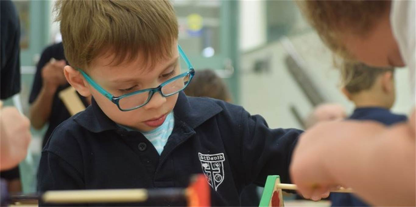 Kindergarten student Aidan Gavran-Carvajal puts the finishing touches on his box. Photo by Laura Lennie, Stoney Creek News.