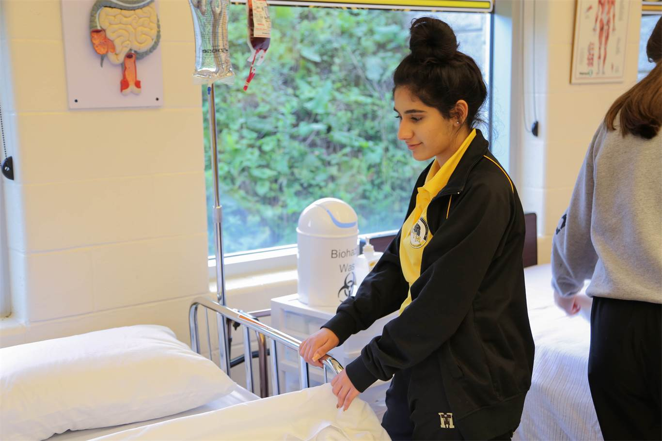 STM health care class focuses on hands-on approach