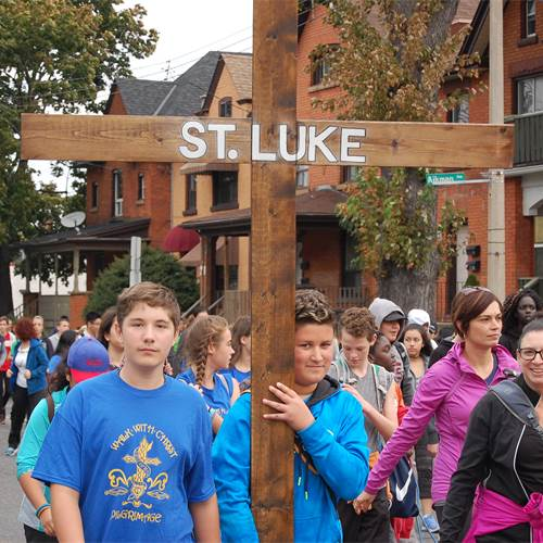 "Students ""Walk with Christ"""
