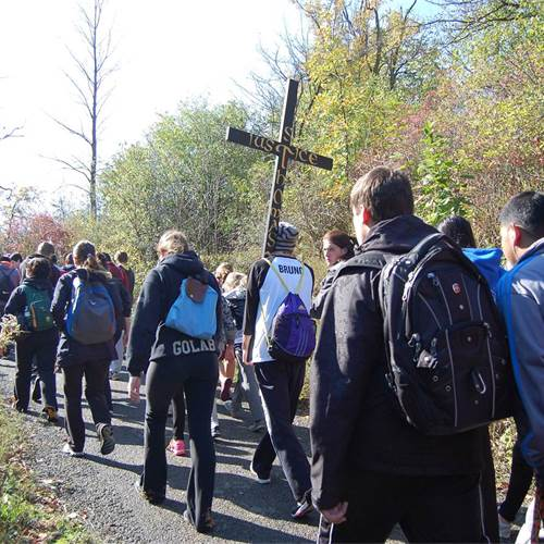 "On October 14, we ""Walk with Christ"""
